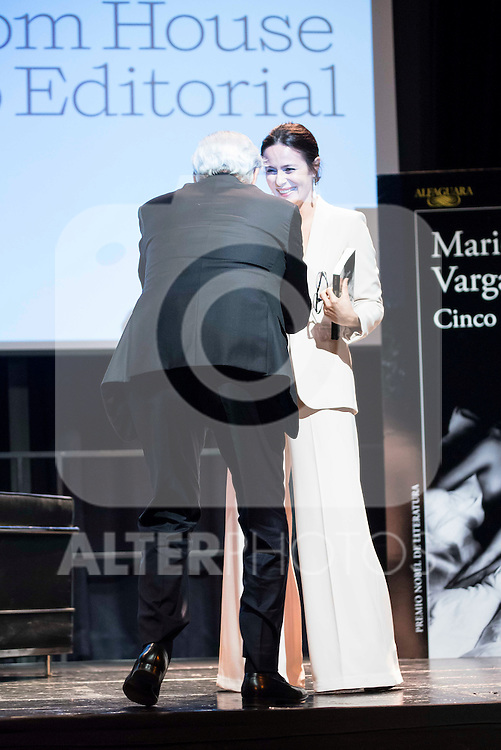 "Spanish actress Aitana Sanchez-Gijon and Peruvian writer Mario Vargas Llosa present his last book ""Cinco Esquinas"" at CBA Madrid March 07, 2016. (ALTERPHOTOS/BorjaB.Hojas)"