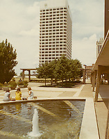 1970 June 10..Redevelopment...Downtown South (R-9)..Virginia National Bank Building..Millard Arnold.NEG# MDA70-64-13.NRHA#..