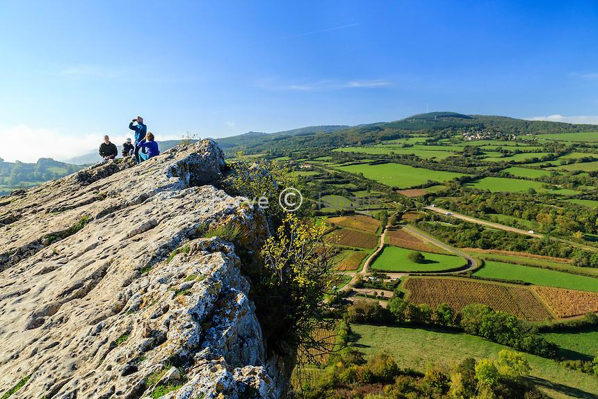 France, Saône-et-Loire (71), Solutré-Pouilly, la Roche de Solutré, vue depuis le sommet // France, Saone et Loire, Solutre Pouilly, view from the top of the Rock