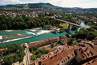 Blick von Münsterplattform auf Aarewehr in Bern, Schweiz
