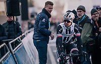 Michael Matthews (AUS/Sunweb) rolling in after having crashed earlier (and being attributed a 'DNF' because of entering after the time-slot)<br /> <br /> Omloop Het Nieuwsblad 2018<br /> Gent &rsaquo; Meerbeke: 196km (BELGIUM)