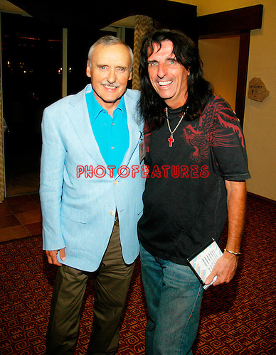 Dennis Hopper and Alice Cooper..at the 9th Annual Alice Cooper Celebrity Golf Tournament in Scottsdale, Arizona, May 1st 2005.  Photo by Chris Walter/Photofeatures.