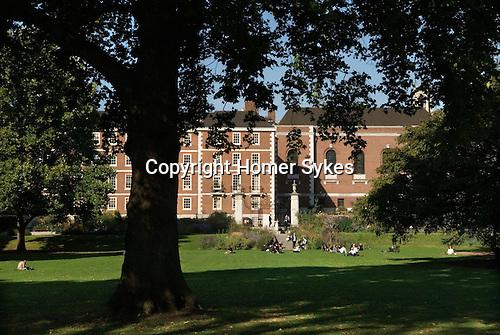 Inner Temple Gardens. Inns of Court London Uk