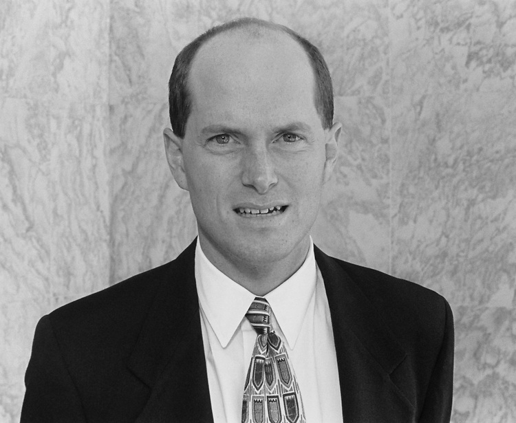 Close-up of Rep. Randy Tate, R-Wash., on Dec. 5, 1994. (Photo by CQ Roll Call)