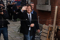 18.10.2013 - Paul McCartney's Surprise Gig in Covent Garden