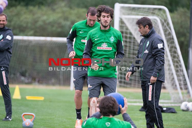 Trainingsgel&auml;nde, Jerez, ESP, 1.FBL, Trainingslager Werder Bremen 2014,  15.01.2014, <br /> <br /> #Luca Caldirola (Bremen #3)<br /> Santiago Garcia (Bremen #2)<br /> Damir Buric (Co-Trainer Werder Bremen)<br /> <br /> Foto &copy; nordphoto/ Kokenge