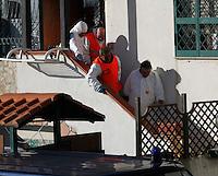 Licola ( giugliano di Napoli )<br /> Un uomop  ha ucciso la moglie e la figlia di 4 anni a colpi d'ascia