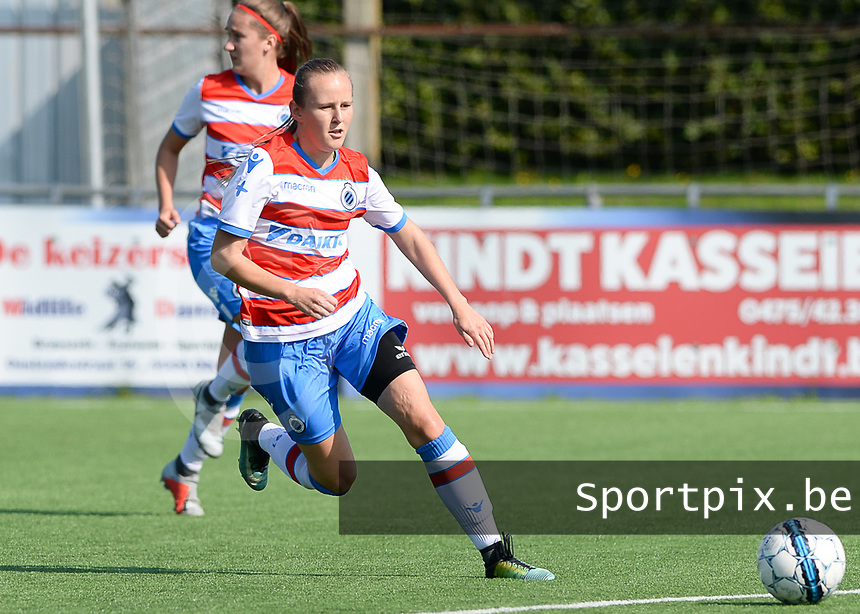 Famkes Westhoek Merkem Diksmuide - Club Brugge Dames A :  Elle Decorte<br /> Foto David Catry | VDB | Bart Vandenbroucke