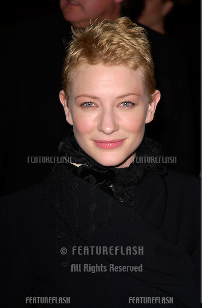 Actress CATE BLANCHETT at the Los Angeles premiere of her new movie The Gift..18DEC2000.  © Paul Smith / Featureflash