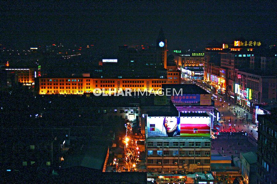 Vista noturna da cidade de Pequim. China. 2007. Foto de Flávio Bacellar.