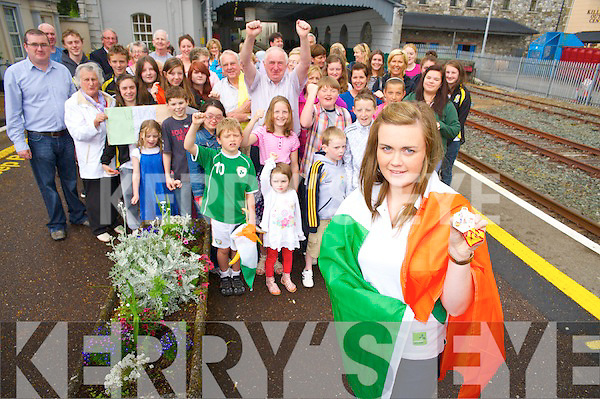 Aoife Cooper, Muckross Rowing Club, who won a silver medal in the Coupe de la Jeunesse in Spain, pictured with her many supporters when she arrived back in Killareny on Monday.................................................Christy O'Mahony, captain Beaufort Golf club and Irene McCarthy, Lady Captain Beaufort Golf Club pictured with James Lucey and Sheila McCarthy, who were the winners in their Captain Prize Competition at the course on Sunday. Also pictured are Frank Coffey, President, Sean Coffey, vice captain, Teresa Clifford, Margaret Guerin, Josephine O'Shea, Gretta Hurley, Renee Clifford, Peggy O'Riordan, Maureen Rooney, Mary Barrett, Robin Suter, Gearoid Keating, Jim Hurley, Gabhan O'Loughlin, Rory Browne, Mike Quirke, Matt Templeman and Simon Rainsford...Picture: Ger Cronin LMPA (087) 0522010....PR SHOT..NO REPRODUCTION FEE.............................................................................................................................................................................................................................................