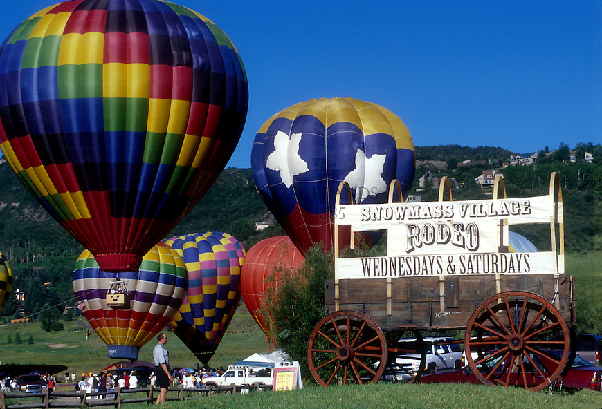Snowmass Balloon Festival. © Michael Brands. 970-379-1885.
