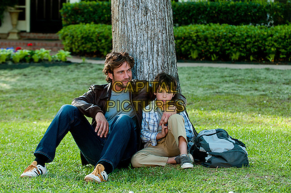 GERARD BUTLER, NOAH LOMAX.in Playing for Keeps (2012) .*Filmstill - Editorial Use Only*.CAP/FB.Supplied by Capital Pictures.