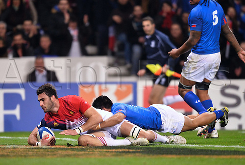 12.11.2016. Stadium Toulouse, Toulouse, France. Autumn International rugby match, France versus Samoa.  Charles Ollivon (fra) goes over to score his try