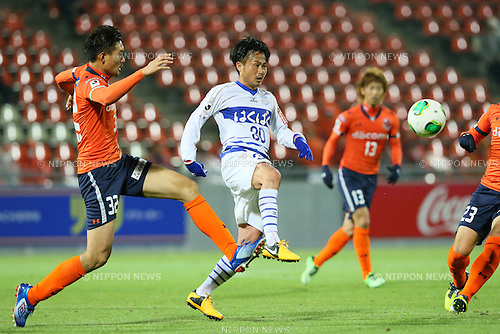 Kazunari Hosaka (Ventforet), .APRIL 10, 2013 - Football /Soccer : .2013 J.LEAGUE Yamazaki Nabisco Cup .between Omiya Ardija 1-3 Ventforet Kofu .at NACK5 Stadium Omiya, Saitama, Japan. .(Photo by YUTAKA/AFLO SPORT)