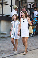 Queen Letizia and Princess Leonor before arrive to  the modernist museum Can Prunera de Soller