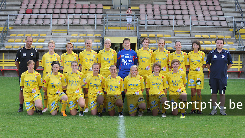 Waasland Beveren Sinaai Girls : ploegfoto seizoen 2012 - 2013.foto Vrouwenteam.be / David Catry