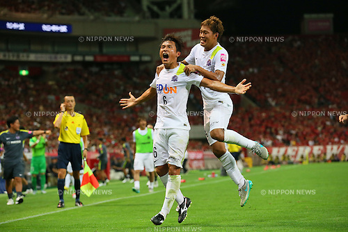 (L to R) <br /> Toshihiro Aoyama, <br /> Gakuto Notsuda (Sanfrecce), <br /> JULY 19, 2015 - Football /Soccer : <br /> 2015 J1 League 2nd stage match <br /> between Urawa Red Diamonds 1-2 Sanfrecce Hiroshima <br /> at Saitama Stadium 2002, Saitama, Japan. <br /> (Photo by YUTAKA/AFLO SPORT)