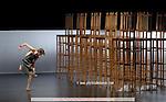 ORPHEE ET EURYDICE..Choregraphie : BAUSCH Pina..Costumes :..Avec :..MARTINEZ jose..KULMAN Elisabeth..DONEVA Svetlana..RANSON Charlotte..GUILMETTE Helene..Lieu : Opera Garnier..Ville : Paris..Le : 01 02 2008....© Laurent Paillier / www.photosdedanse.com..All rights reserved