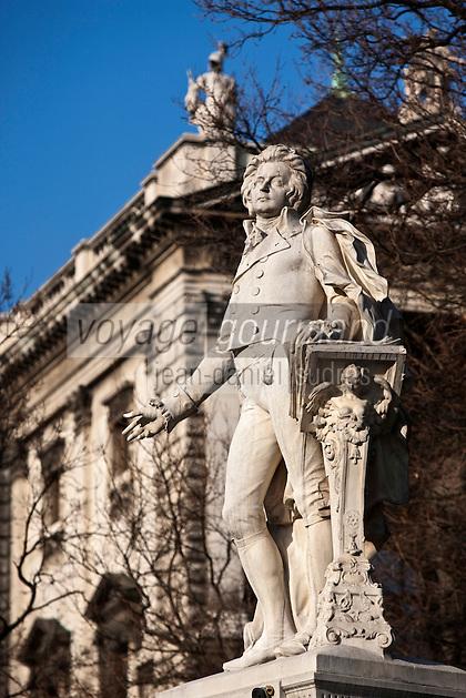 Europe/Autriche/Niederösterreich/Vienne: Monument à Mozart par  Viktor Tilgner (1896) dans le Burggarten dans le quartier de Hofburg