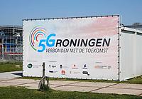 Nederland Groningen - 2019. Zernike Campus. 5Groningen. 5G. Verbonden met de Toekomst. 5G is de nieuwste generatie mobiele datacommunicatie. Economic Board Groningen (EBG) heeft het 5Groningen programma geïnitieerd om te onderzoeken hoe 5G nieuwe innovaties kan versnellen en creëren. De 5G-applicaties worden eerst getest in het 5G-lab op de Zernike campus.   Foto Berlinda van Dam / Hollandse Hoogte