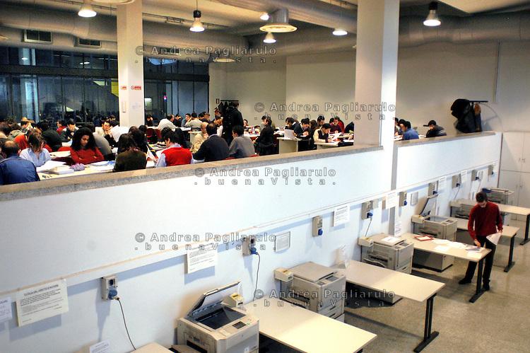 Italia, Milano, 23/01/07..Università Politecnico..© Andrea Pagliarulo/BuenaVistaphoto.Italy, Milan, 23/01/07..Politecnico university..© Andrea Pagliarulo/BuenaVistaphoto