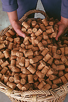 Europe/France/Champagne-Ardenne/51/Marne/Epernay: Fabrication de bouchons à la société Sagrera