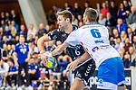 Harald Reinkind, (THW Kiel #6) / Weiss, Dominik (TVB Stuttgart #6) / TVB 1898 Stuttgart - THW Kiel / DHB Pokal Viertelfinale / HBL / 1.Handball-Bundesliga / SCHARRrena / Stuttgart Baden-Wuerttemberg / Deutschland beim Spiel im DHB Pokal Viertelfinale, TVB 1898 Stuttgart - THW Kiel.<br /> <br /> Foto © PIX-Sportfotos *** Foto ist honorarpflichtig! *** Auf Anfrage in hoeherer Qualitaet/Aufloesung. Belegexemplar erbeten. Veroeffentlichung ausschliesslich fuer journalistisch-publizistische Zwecke. For editorial use only.