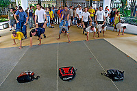 Trote em alunos da Universidade de São Paulo, USP. São Carlos. São Paulo. 2013. Foto de Juca Martins.