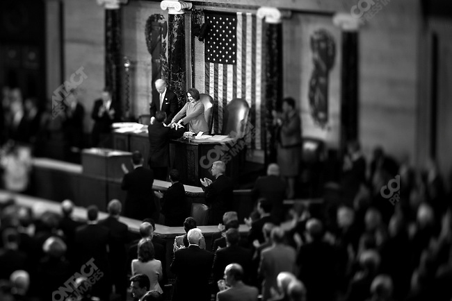 President Barack Obama speaks to a joint session of Congress about the state of the Economy, and the country. US Capitol, Washington D.C., USA, February 24, 2009