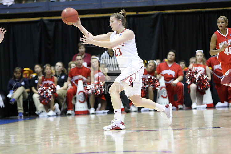 BERKELEY, CA - MARCH 30: Jeanette Pohlen passes to the open spot during Stanford's 84-66 win against the Ohio State Buckeyes on March 28, 2009 at Haas Pavilion in Berkeley, California.