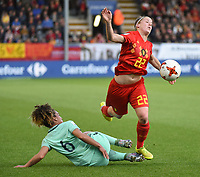 20180406 - LEUVEN , BELGIUM : Belgian Laura Deloose (R) and Portugese Andreia Norton (L)   pictured during the female soccer game between the Belgian Red Flames and Portugal , the fourth game in the qualificaton for the World Championship qualification round in group 6 for France 2019, Friday 6 th April 2018 at OHL Stadion Den Dreef in Leuven , Belgium. PHOTO SPORTPIX.BE   DIRK VUYLSTEKE