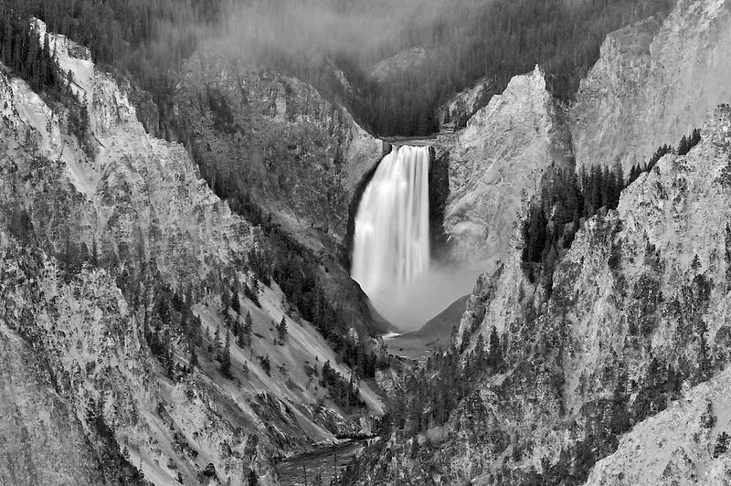 Yellowstone Falls. Grand Canyon of the Yellowstone River. Yellowstone National Park, Wyoming