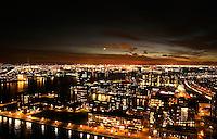Rotterdam- Uitzicht vanaf de Euromast, richting de havens