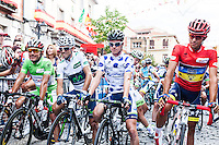 The cyclists at the starting line of the Vuelta de EspaÒa 2012 for the last step