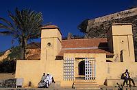 Afrique/Afrique de l'Ouest/Sénégal/Gorée : Mosquée et le castel (XIX°)
