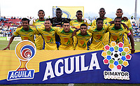 MONTERÍA-COLOMBIA, 29-10-2019: Jugadores de Atlético Huila posan para una foto, antes de partido entre Jaguares de Córdoba y Atlético Huila de la fecha 20 por la Liga Águila II 2019, en el estadio Jaraguay de Montería de la ciudad de Montería. / Players of Atletico Huila  pose for a photo, prior a match between Jaguares de Cordoba, and Atletico Huila, of the 20th date for the Leguaje Aguila II 2019 at Jaraguay de Montería Stadium in Monteria city. / Photo: VizzorImage / Andrés López  / Cont.
