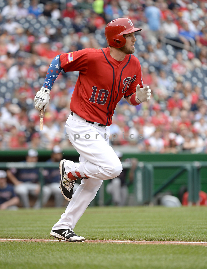 Washington Nationals Stephen Drew (10) during a game against the Milwaukee Brewers on July 4, 2016, at Nationals Park in Washington DC. The Brewers beat the Nationals 1-0.