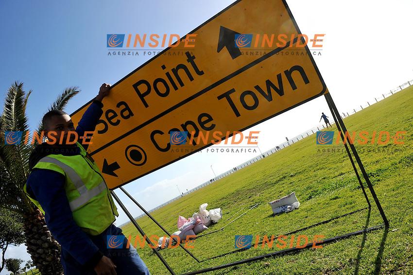 Il lunogoceano di Cape Town<br /> Uruguay Olanda 2-3 - Uruguay vs Netherlands 2-3<br /> Semifinale - Semifinal<br /> Campionati del Mondo di Calcio Sudafrica 2010 - World Cup South Africa 2010<br /> Green Point Stadium, Cape Town  06/07/2010<br /> &copy; Giorgio Perottino / Insidefoto