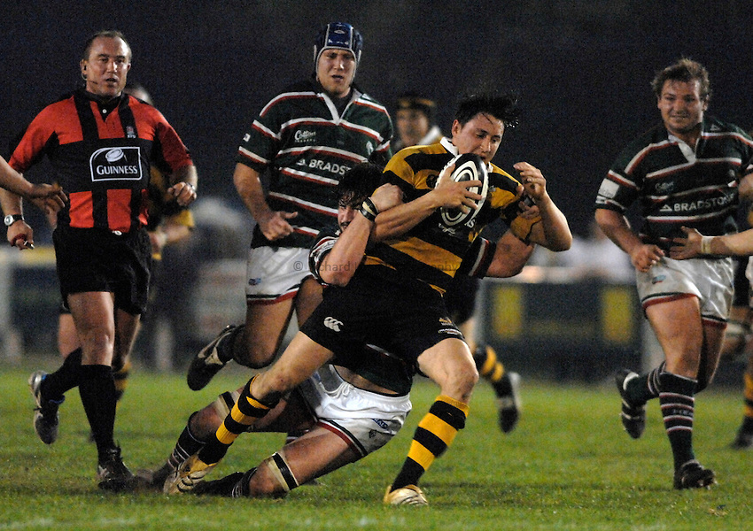 Photo: Richard Lane..London Wasps A v Leicester Tigers A. Guinness A League Final 1st leg. 16/04/2007. .Wasps' Rob Hoadley attacks.