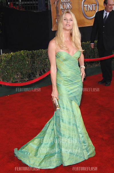 NICOLLETTE SHERIDAN at the 12th Annual Screen Actors Guild Awards at the Shrine Auditorium, Los Angeles..January 29, 2006  Los Angeles, CA.© 2006 Paul Smith / Featureflash