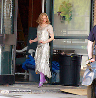 "RENEE ZELLWEGER ON THE SET "" LEATHERHEADS "" IN STATESVILLE  , NORTH CAROLINA  05-14-2007.PHOTO BY JONATHAN GREEN"