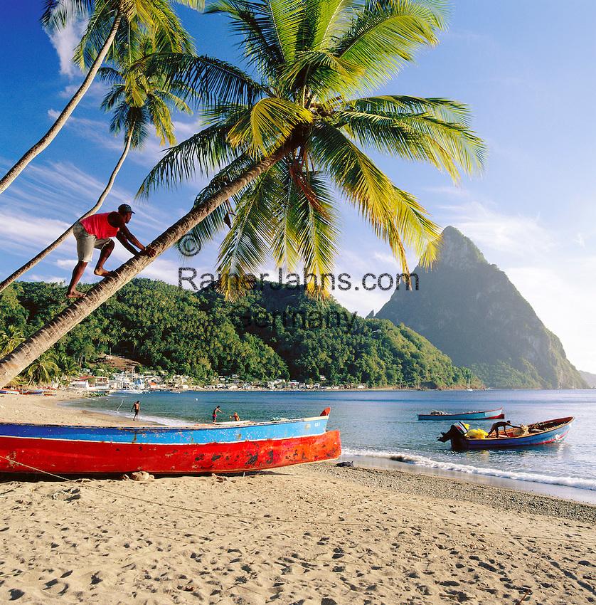 Caribbean, Lesser Antilles, Saint Lucia, Soufriere: The Pitons or Twin Pitons, two volcanic plugs in a UNESCO World Heritage Site | Karibik, Kleine Antillen, Saint Lucia, Soufriere: The Pitons oder auch Twin Pitons genannt, zwei inaktive Vulkane, die Gegend steht heute auf der Liste des UNESCO-Weltnaturerbes