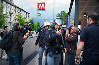 Milano, operazione Metropolis 2016, esercitazione congiunta delle forze dell&rsquo;ordine nella simulazione di un attacco terroristico alla metropolitana e allo stadio Meazza.<br /> Milan, operation Metropolis 2016, a joint exercise of the police and security forces in the simulation of a terrorist attack in the subway and in the stadium.