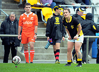 Acacia Te Iwimate prepares to take a conversion attempt during the Farah Palmer Cup women's provincial rugby match between Wellington Pride  and Auckland at Jerry Collins Stadium / Porirua Park, Wellington, New Zealand on Saturday, 23 September 2017. Photo: Dave Lintott / lintottphoto.co.nz