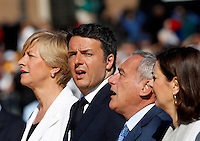 Da sinistra, il Ministro della Difesa Roberta Pinotti, il Presidente del Consiglio Matteo Renzi, il Presidente del Senato Pietro Grasso ed il Presidente della Camera dei Deputati Laura Boldrini durante una cerimonia all'Altare della Patria in occasione della Festa della Repubblica, a Roma, 2 giugno 2015.<br /> From left, Italian Defense Minister Roberta Pinotti, Premier Matteo Renzi, Senate President Pietro Grasso and Lower Chamber of Deputies' President Laura Boldrini attend a ceremony at the Vittoriano on the occasion of the Republic Day in Rome, 2 June 2015.<br /> UPDATE IMAGES PRESS/Riccardo De Luca