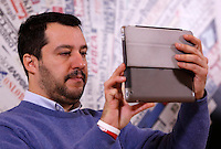 Il segretario della Lega Nord Matteo Salvini tiene una conferenza stampa all'Associazione della Stampa Estera a Roma, 10 dicembre 2014.<br /> Lega Nord's leader Matteo Salvini uses his tablet to take a shot during a press conference at the Foreign Press association in Rome 10 December 2014.<br /> UPDATE IMAGES PRESS/Riccardo De Luca