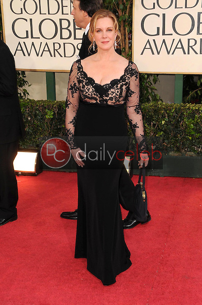 Elizabeth Perkins<br />at the 66th Annual Golden Globe Awards. Beverly Hilton Hotel, Beverly Hills, CA. 01-11-09<br />Dave Edwards/DailyCeleb.com 818-249-4998