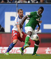 FUSSBALL   1. BUNDESLIGA   SAISON 2013/2014   6. SPIELTAG Hamburger SV - SV Werder Bremen                       21.09.2013 Pierre-Michel Lasogga (li, Hamburger SV) gegen Assani Lukimya (re, SV Werder Bremen)