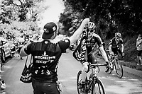 Luke Durbridge (AUS/Mitchelton-Scott) in the breakaway catching his feedbag<br /> <br /> Stage 18: Trie-sur-Baïse > Pau (172km)<br /> <br /> 105th Tour de France 2018<br /> ©kramon